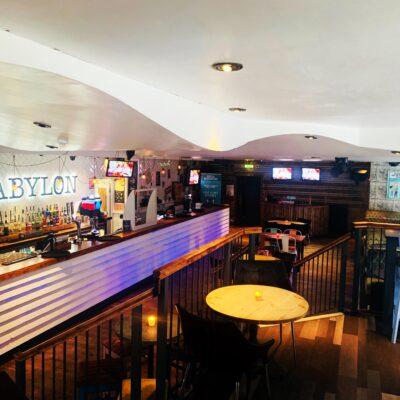 Bar Babylon, Hull